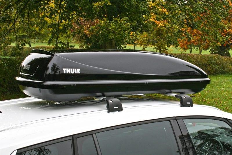 Thule Ocean 200 Gloss Black